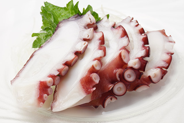 Steamed Whole Octopus